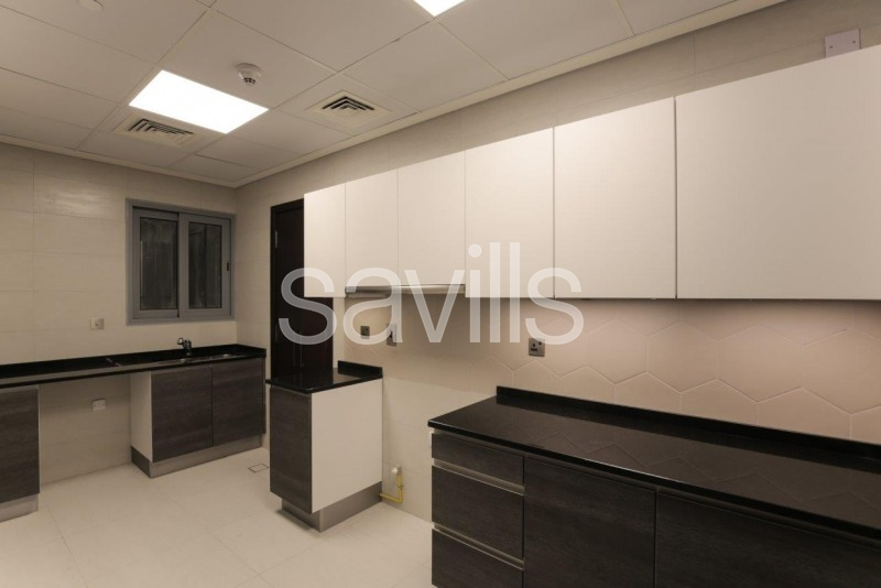 Contemporary 1BR | High Floor | 1068 Sq. Ft.