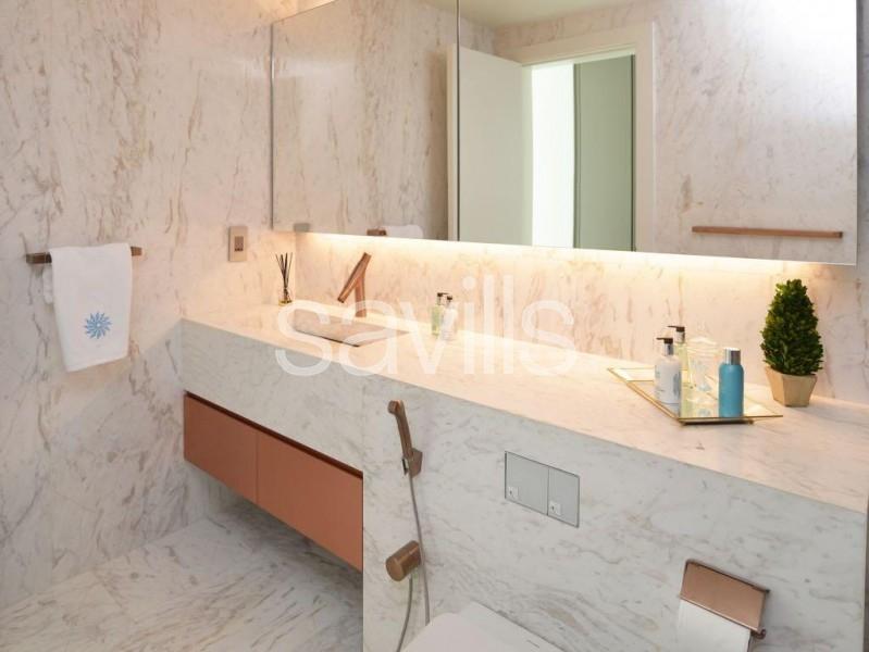Full floor Penthouse|Tranquil luxury