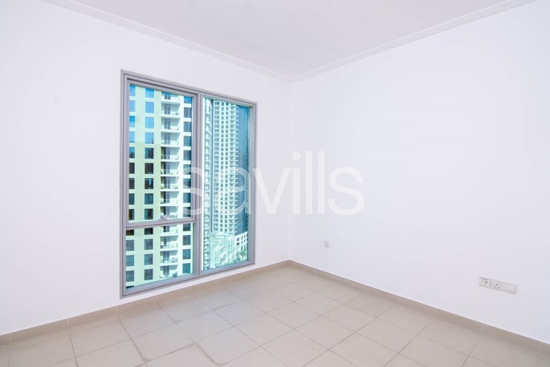 Vacant now Mid floor with full Marina view