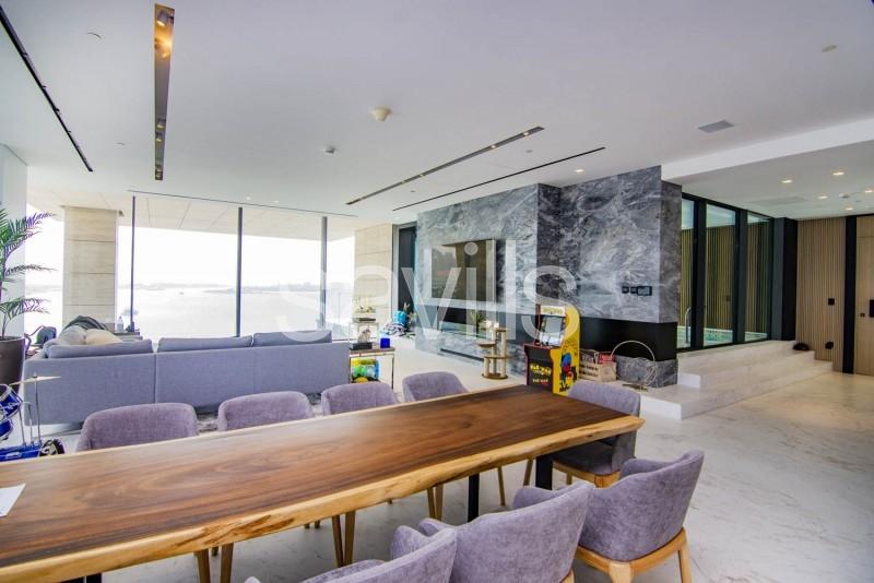 Full floor Luxury Residence available now