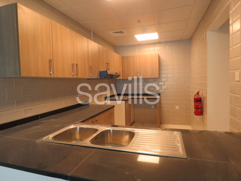 One bedroom apartment with parking and facilities