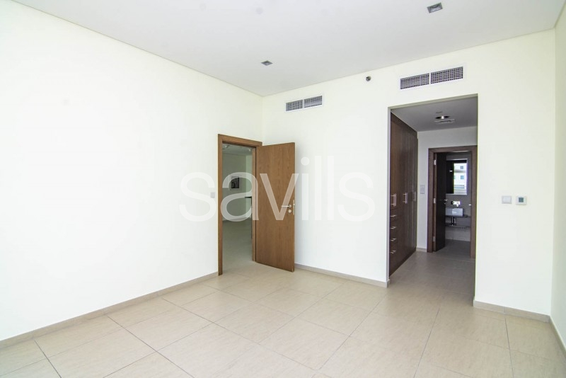 Spacious 1 Bedroom with Kitchen Appliances