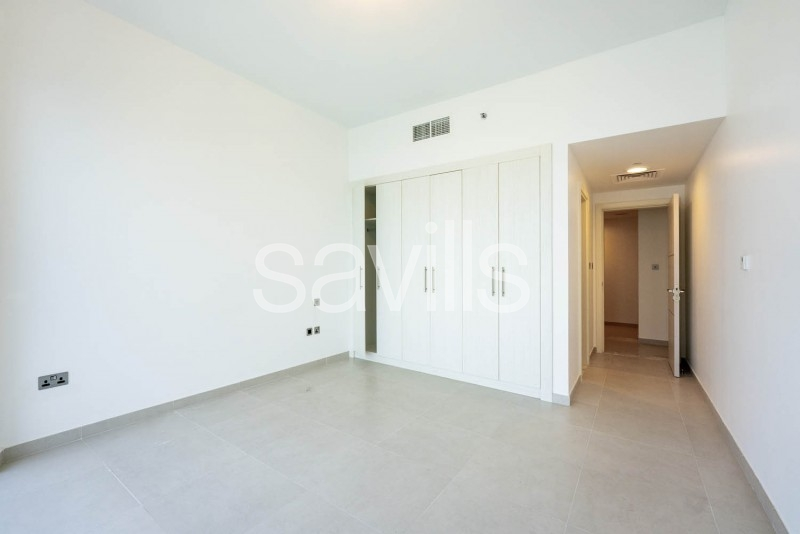 Spacious 2+M Bedroom With The Sea View in Corniche