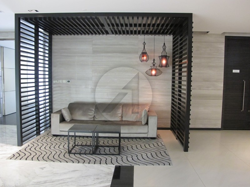 full-burj-khalifa-view-micro-fitted-office