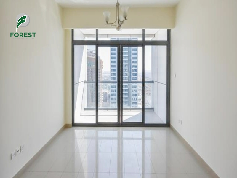 Lake View | 2 Beds | Beside Metro Station | Vacant