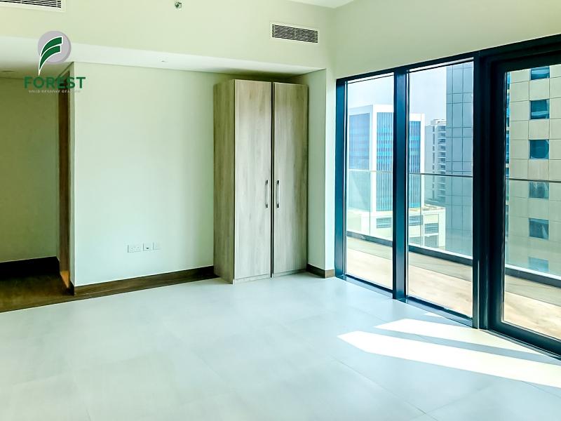 Burj View | Amazing 2BR Apt | Unfurnished |Vacant