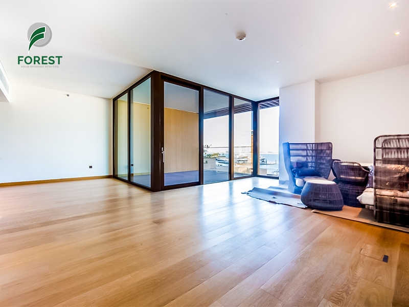 Luxury   1 BR with Sea View   Unfurnished