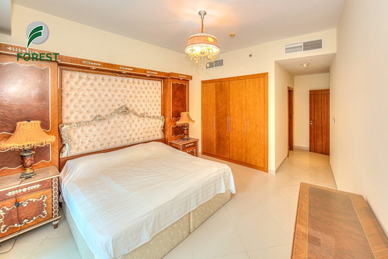 Spacious | 2 Beds + Huge Balcony | Fully Furnished