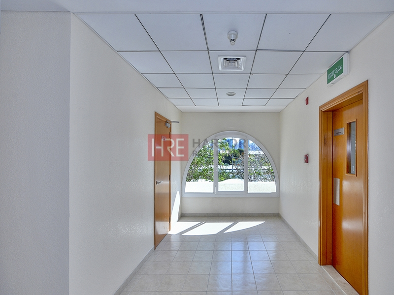 Exclusive 3 BR With Lake View   Huge Terrace