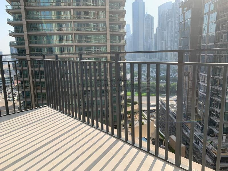 bright-and-brand-new-1-bed-in-blvd-crescent