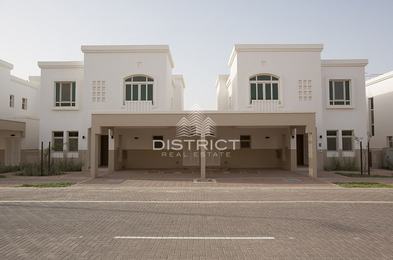 available-now-2br-townhouse-in-al-ghadeer