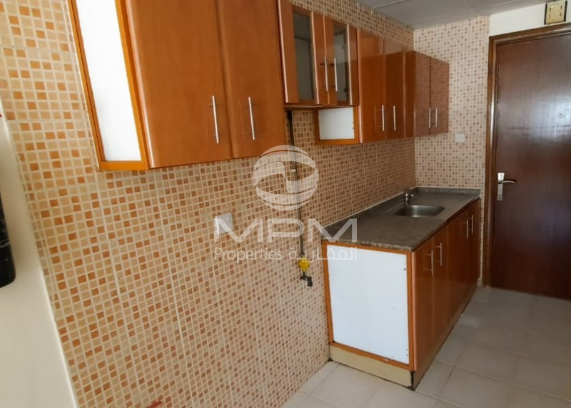 1 Month Free! Spacious studio in Muweilah. Family Building