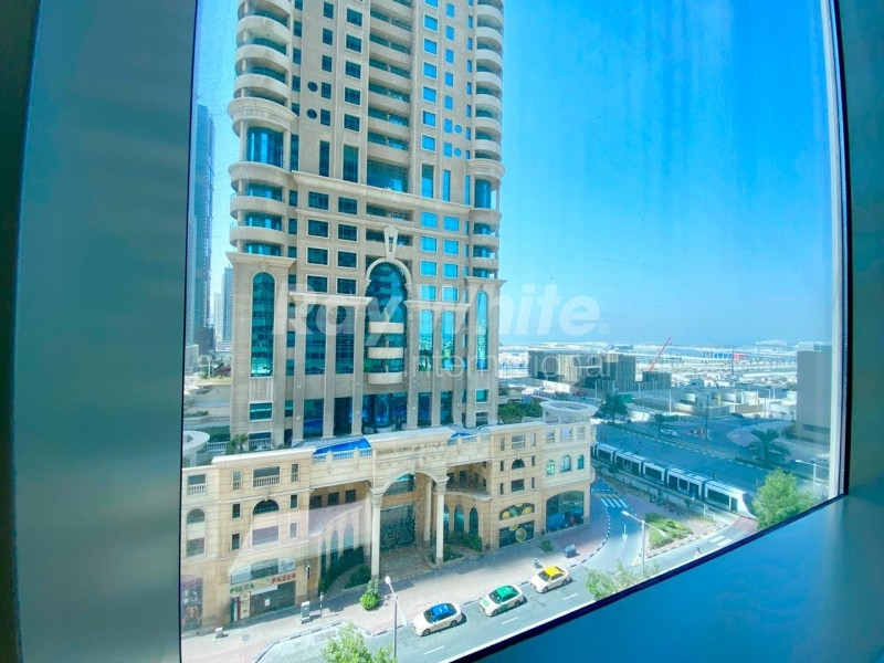 Spacious Modern 2 BRs I Stunning Sea and City View