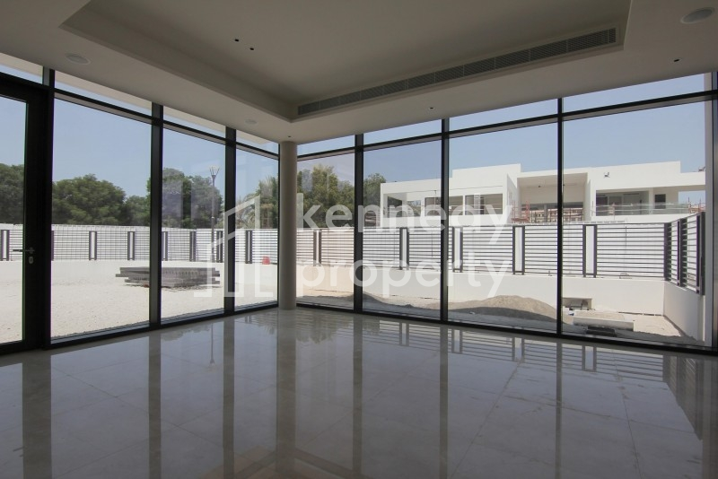 Ultra Large.0% Fees,High End 5bed Villa!