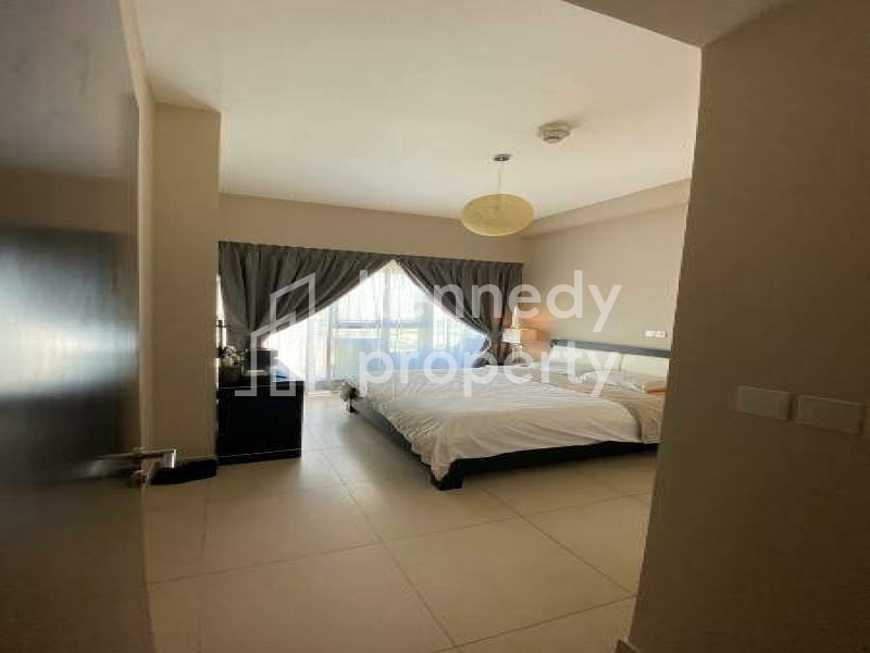 Spacious Layout | Vacant/Ready I City View