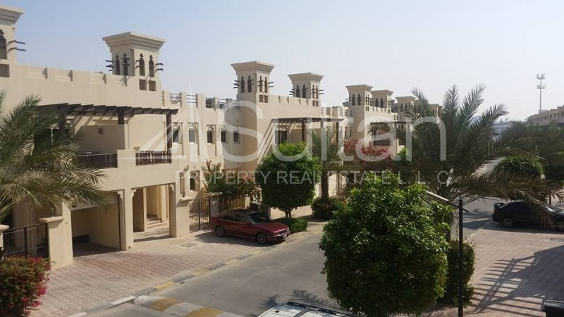 awesome-golf-view-3-bedrooms-townhouse