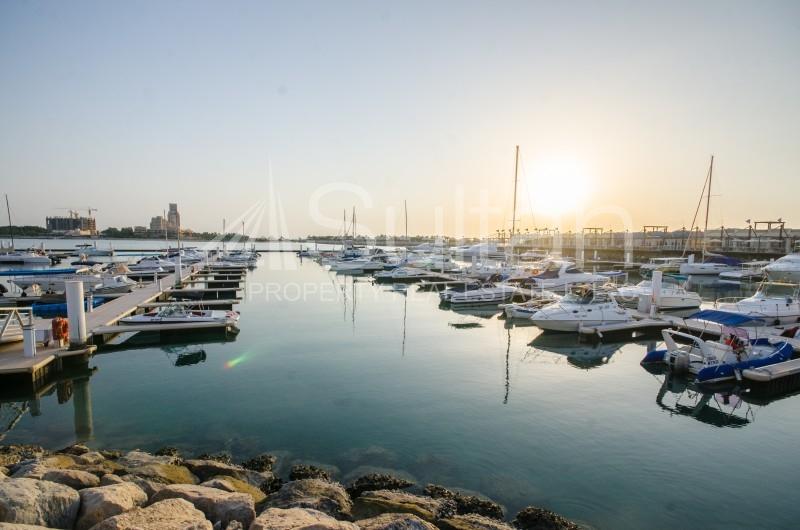lovely-marina-studio-sea-view-high-floor