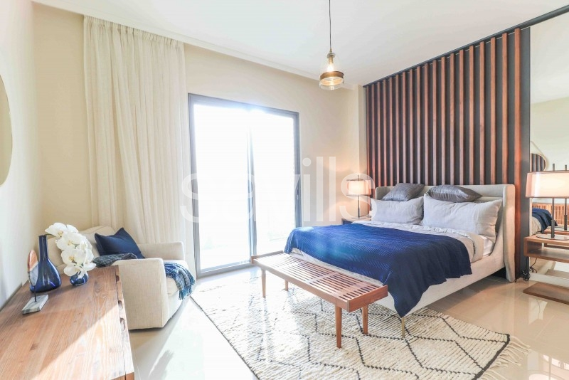 Corner Premium 3 Bed handover in May 2021
