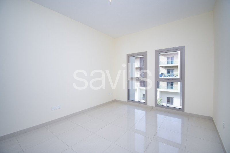 Never used mid apartment with garden view