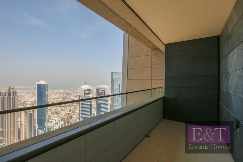 Full Burj Khalifa and Sea View | High Floor