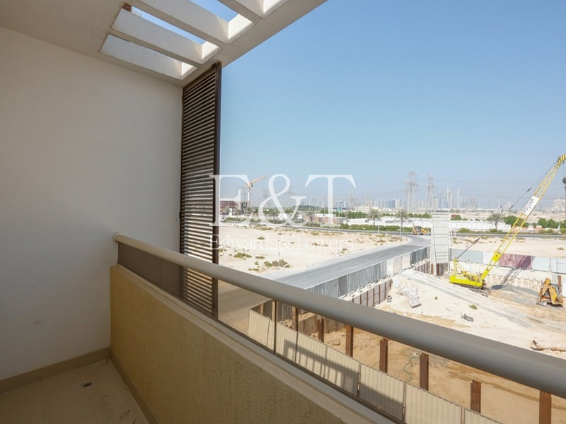 Residential Bldg with Amazing Quality | JVC