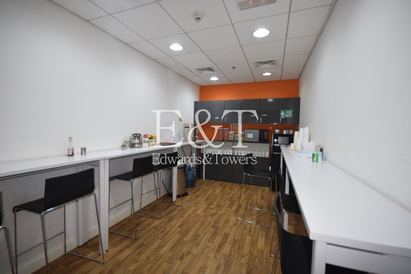 Fully Fitted Office   Emaar Square Bldg 4   DT