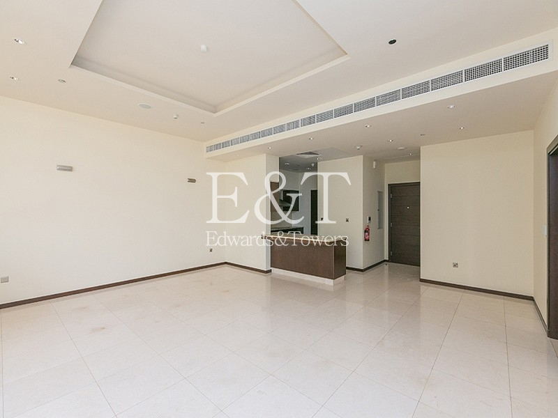 Exclusive | Garden Level 1 BR |Type D| PJ