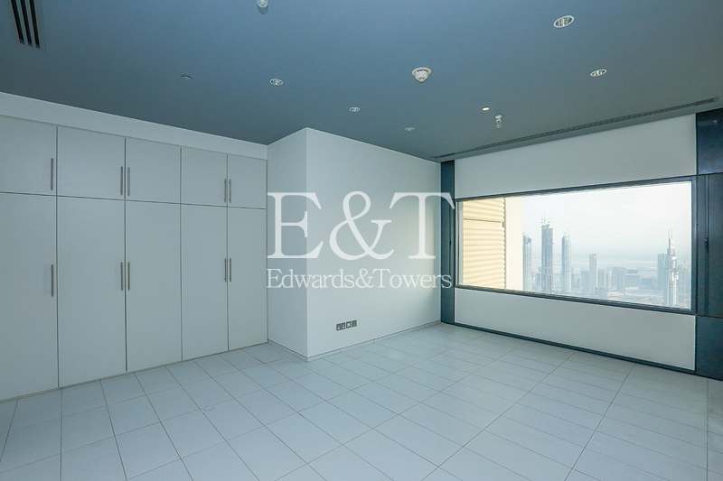 Panoramic Views  on High Floor | Vacant