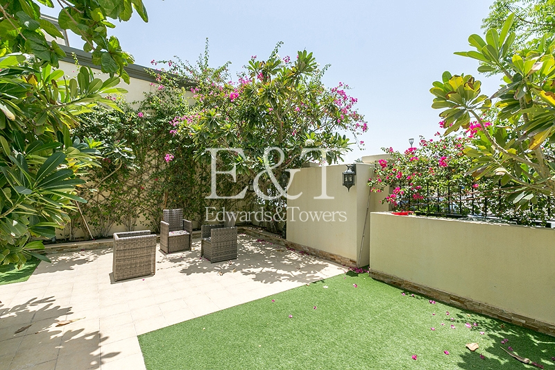 Upgraded Villa With Pool | 3 Bed Large | JP