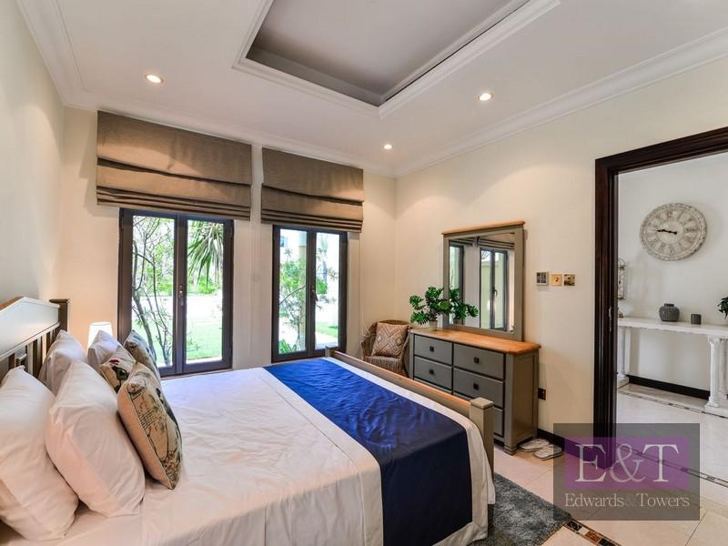 Stunning 5BR Garden Villa | High Number | PJ