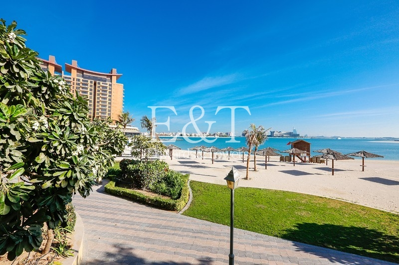 4 BR, Shoreline Penthouse, Sea Views | PJ