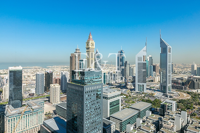 Vacant |DIFC and Sea views | High Floor