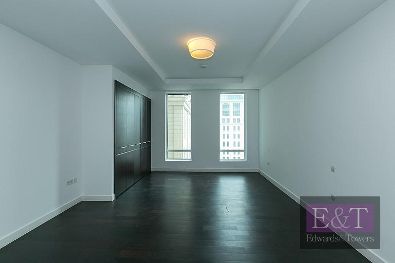 Ritz Carlton Facing | Tenanted | High Floor