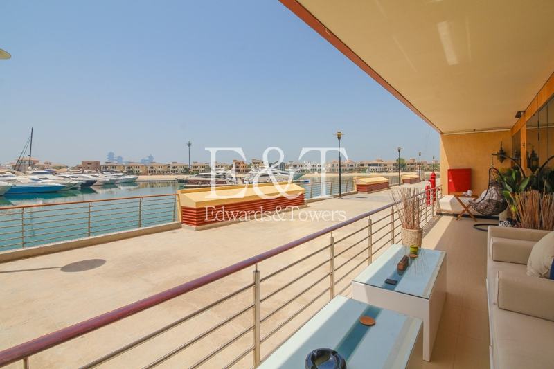 Upgraded | Full Sea View | Private Garage | PJ