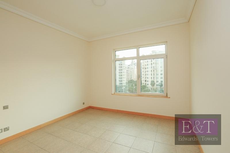 Largest 3BR | High floor| Excellent condition | PJ