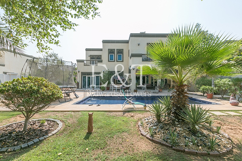 Best Offer Accepted | District 1 | Pool | JP