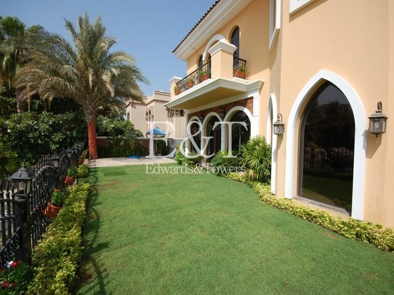 4 BR, Upgraded villa, Med-Atrium type, Palm, PJ