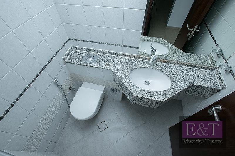 Exclusive to E&T   Heart of the Marina Dubai