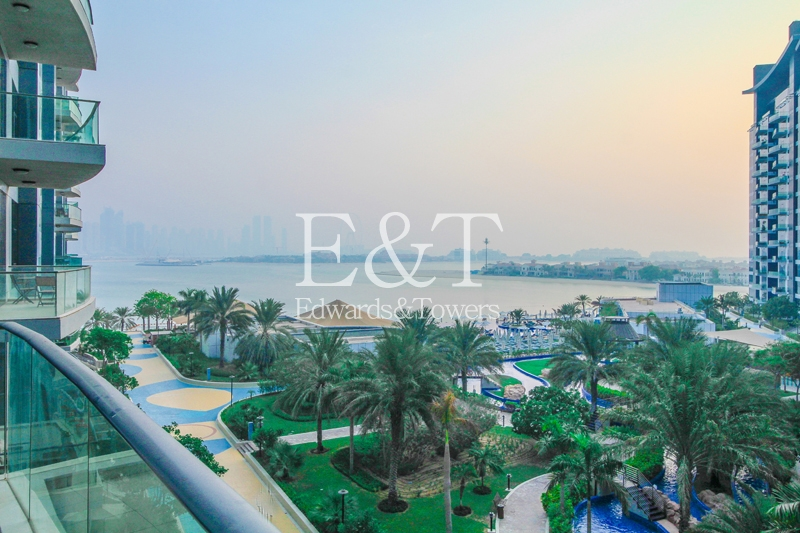 Sea And Dubai Eye View   Vacant   Mid Floor