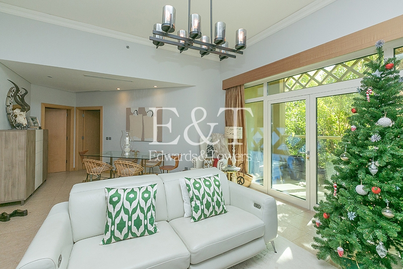 High Ceilings | Garden View | Beach Side | PJ