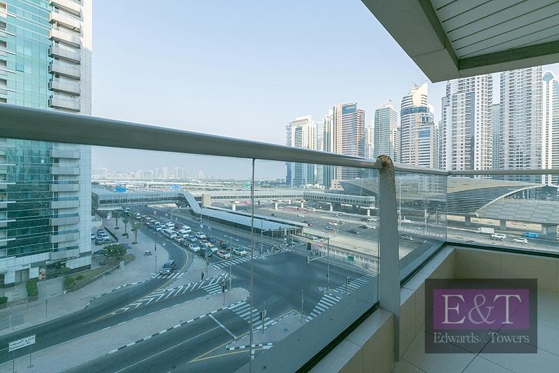EXCLUSIVE | High floor | Rented |Spacious