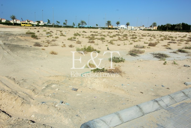 Just Reduced |  G+28 Plot Next To Park | JVC