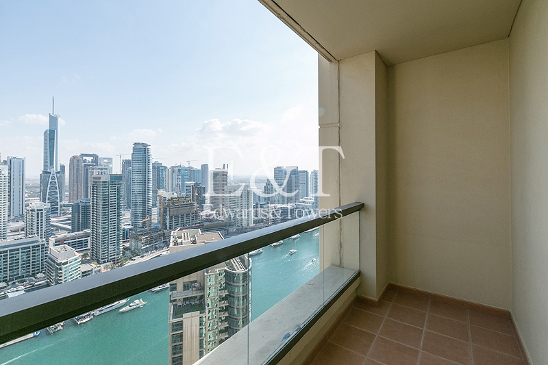 1 Cheque   Spacious Layout    Marina View