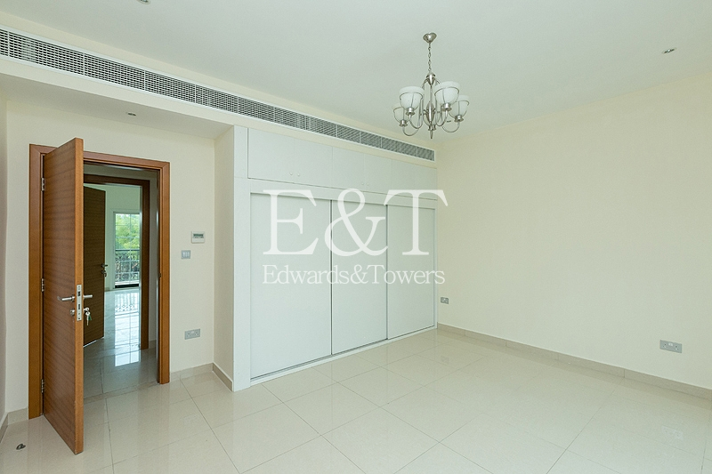 Extended To 5 Bedrooms   7,400 Sq Ft Plot   JVT