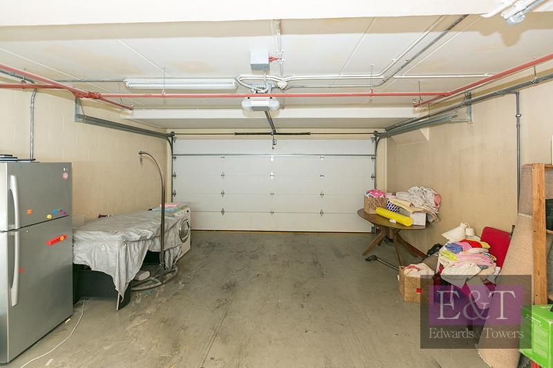 Duplex | 2 Parkings | Unfurnished | 2050 sqft