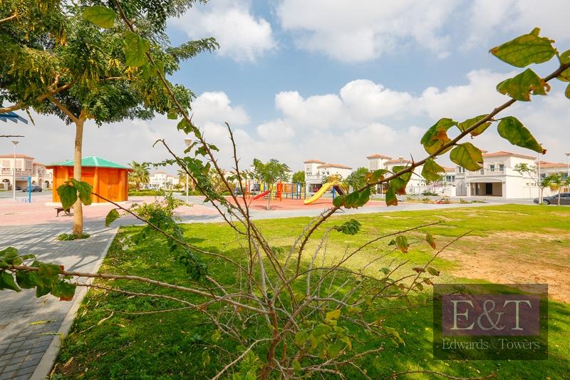 Huge G+1 Villa Plot   Area : 6,000 Sq Ft   JVT