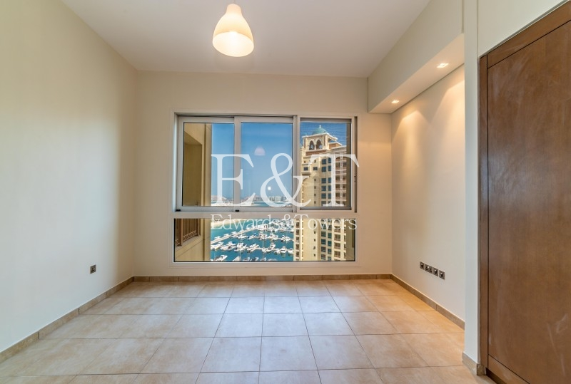 Mid Floor | Full Marina View | Well Maintained, PJ