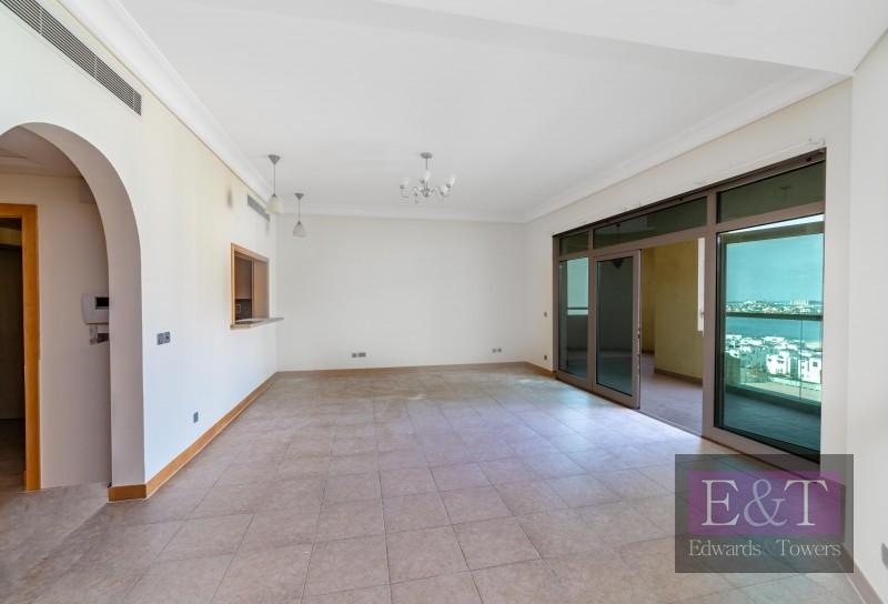 High Floor | Appliances | Direct Beach Access | PJ