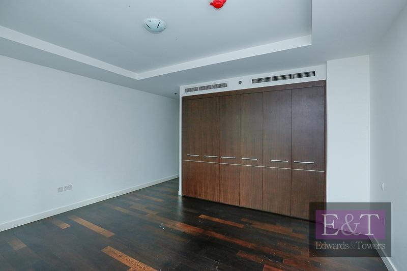 Exclusive | Mid Floor | Closed Kitchen