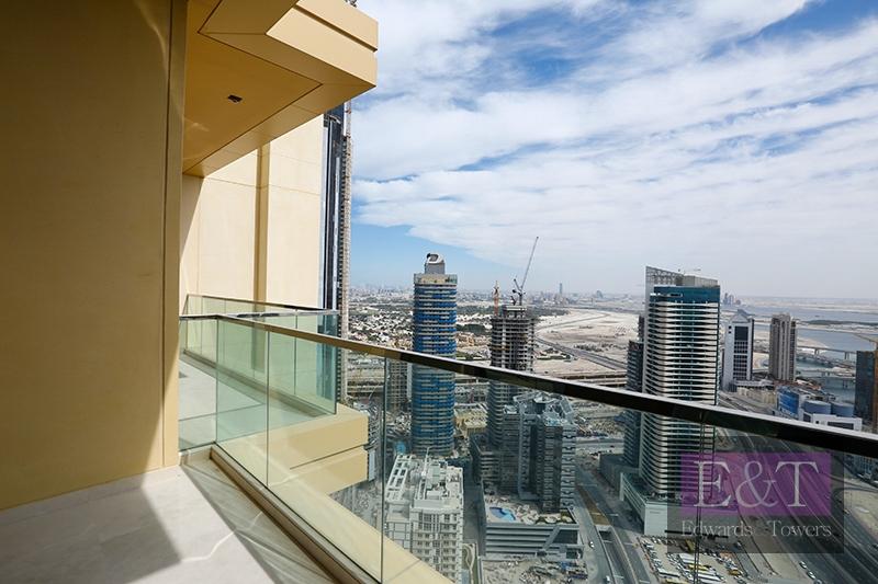 High Floor |Sublime Downtown Views | Whole floor